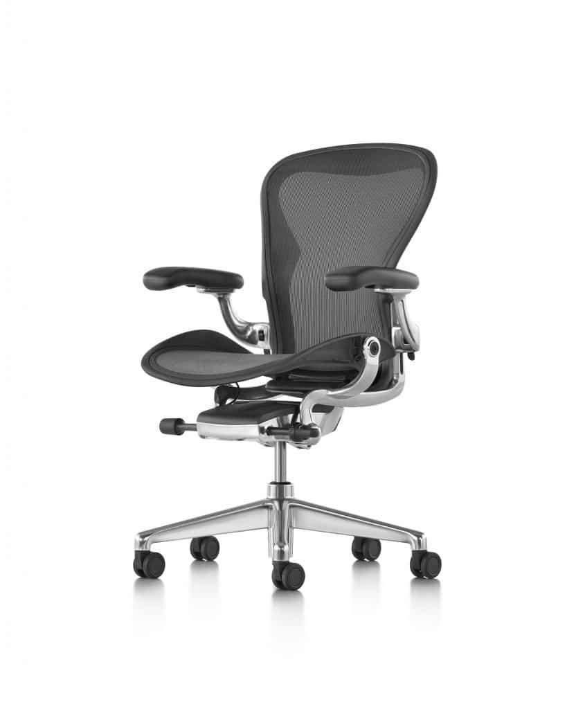 cadeira Aeron preta da Herman Miller