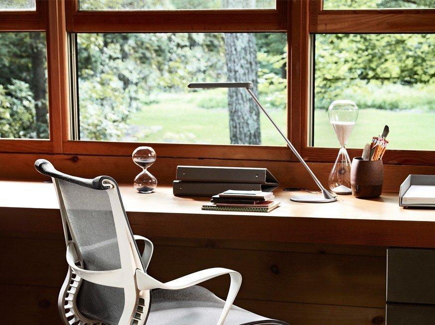 iluminação residencial em ambiente home office