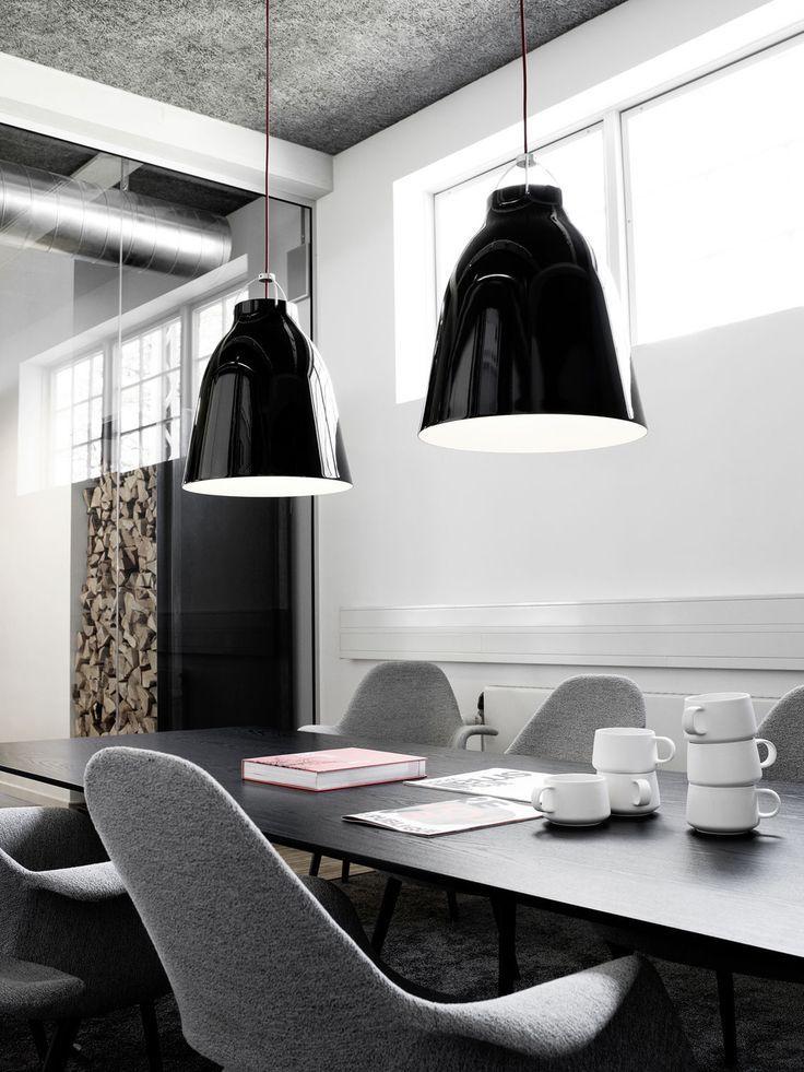 luminária Caravaggio no escritório