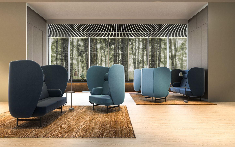 sofá Plenum azul como complemento acústico