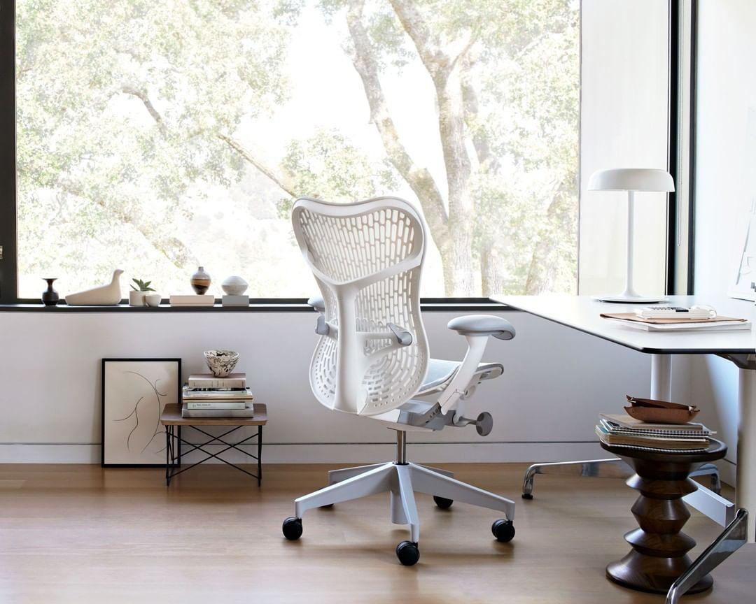 modelo de cadeira de escritório Mirra 2