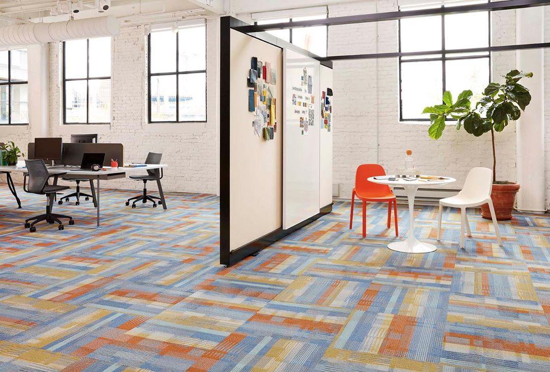 carpete Shaw Contract no escritório
