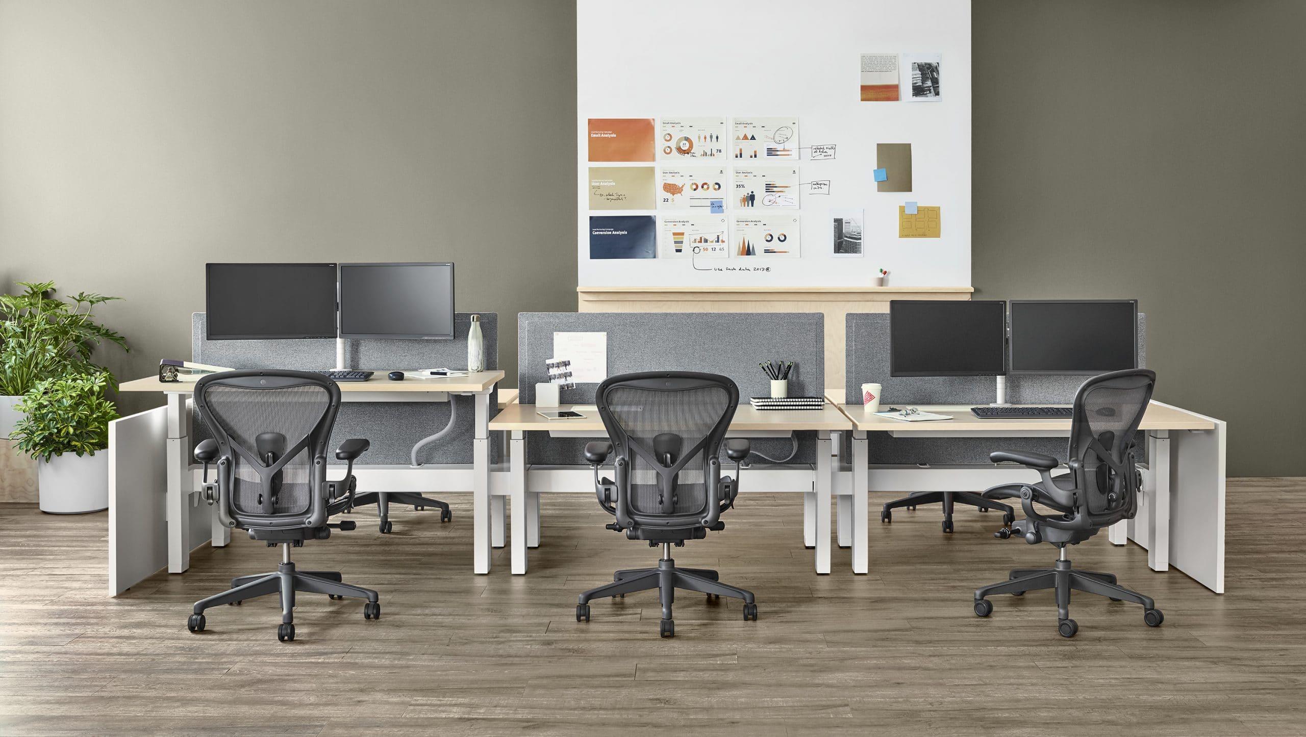 ilha de trabalho com Aeron Chair